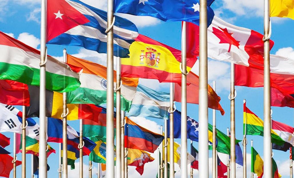 Derecho de Extranjería asesorado por MOLINA ABOGADOS