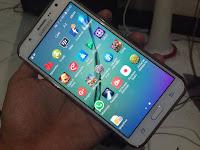 Cara memasang kartu memory smartphone on Samsung Galaxy J7 dengan baik dan benar