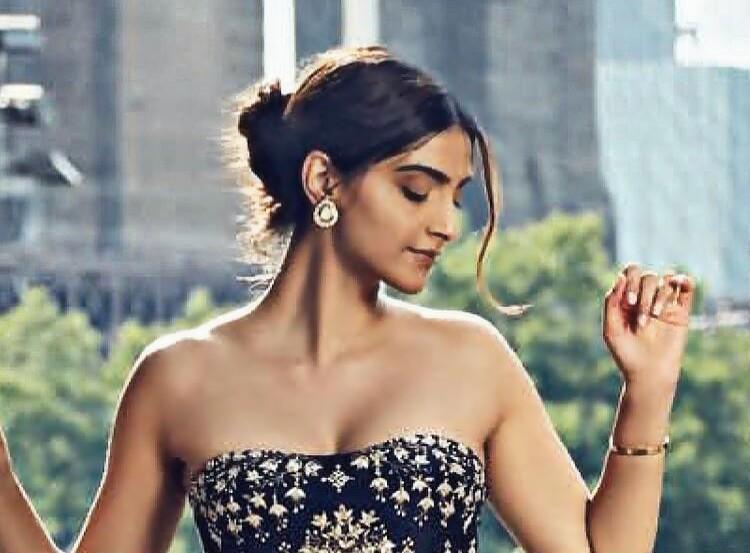 Sonam Kapoor hot Pics 2018