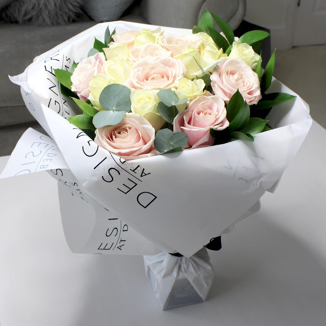 Mother S Day Luxury Avalanche Rose Bouquet From Debenhams Flowers And25 Off Discount Code