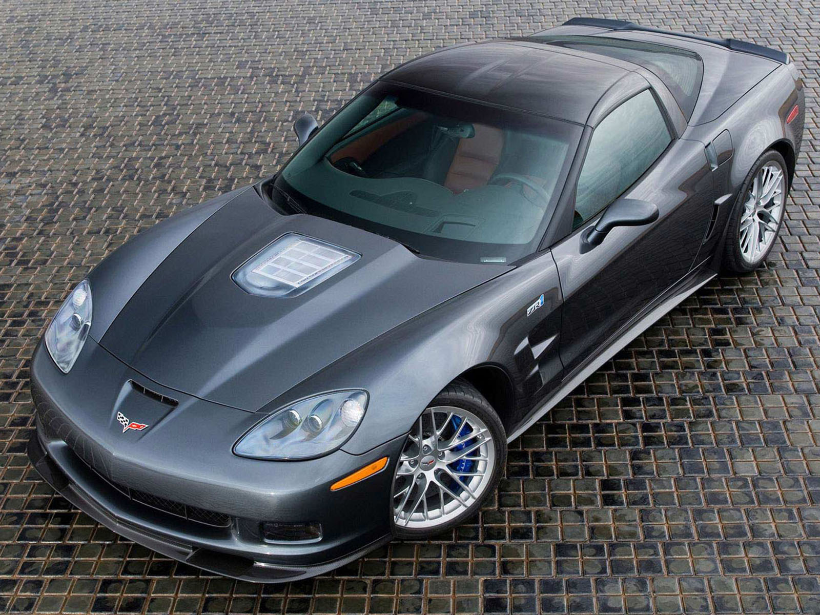 http://3.bp.blogspot.com/-co-HhWJpLJA/T0neBZcAZiI/AAAAAAAAAbI/x9i9onG9NAA/s1600/Chevy+Corvette+ZR1+Cars+Wallpapers.jpg