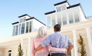 Απατάω τον άντρα μου εδώ και πολλά χρόνια. Με τον εραστή μου σκεφτόμαστε να αγοράσουμε δικό μας σπίτι. Είναι λάθος;