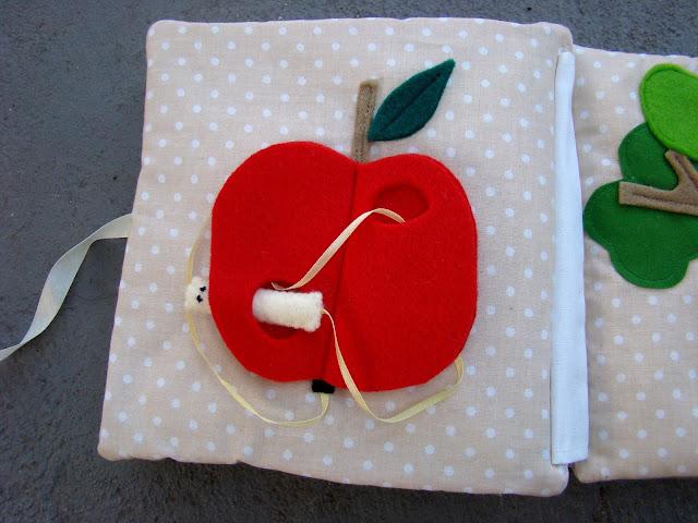 książeczka sensoryczna jabłko i robak
