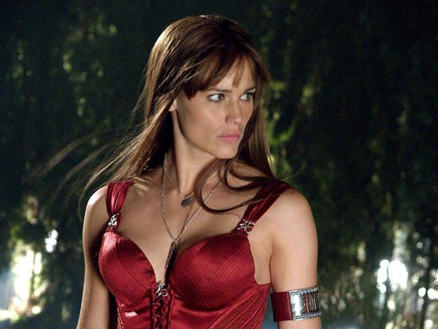 7-superhero-wanita-yang-begitu-popular-di-kalangan-peminat-lelaki-2