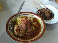 Menyantap mie ongklok di rumah makan Harmoni Wonosobo