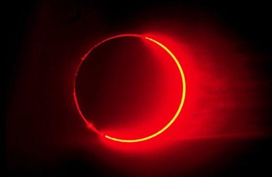 [Imagem: vermelho-eclipse-lunar-fotos-nb8704.jpg]