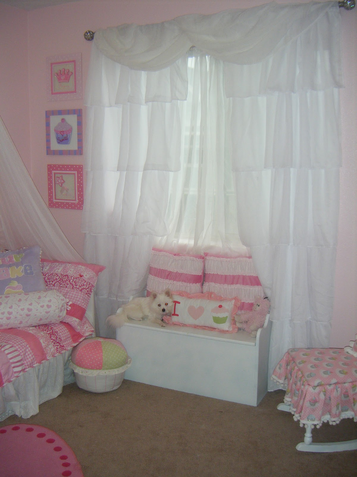 Not So Shabby - Shabby Chic: Curtain's for Bella's room