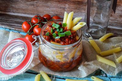 http://www.kulinarnamaniusia.pl/2016/11/makaron-z-warzywami-i-miesem.html?m=0