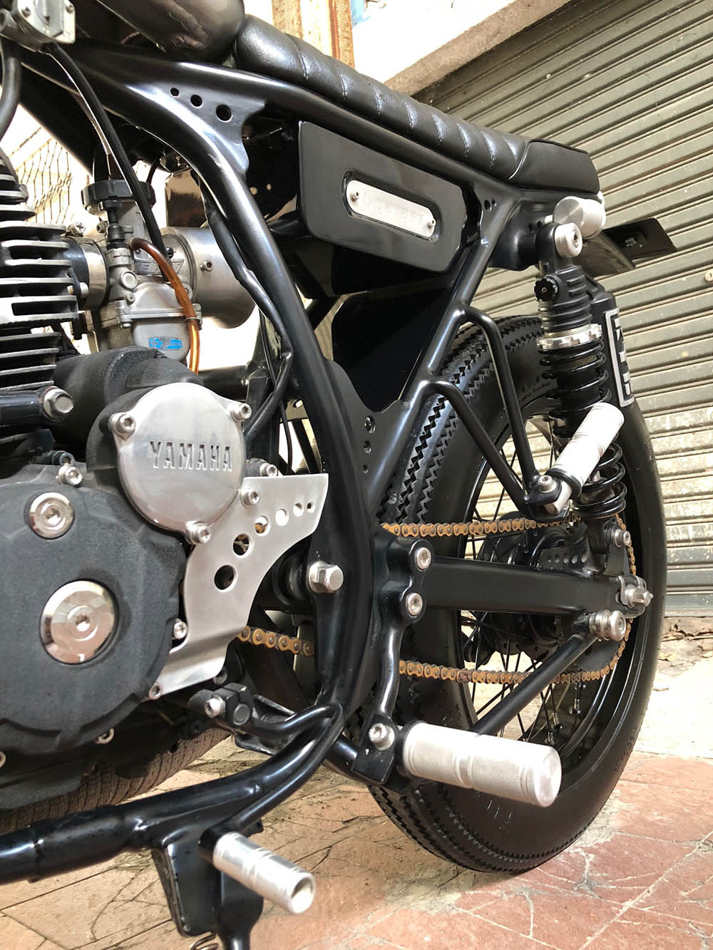 Porting Polish Yamaha Scorpio Custom Street Tracker