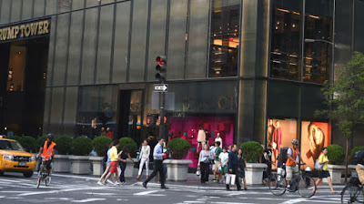 Italian brand Gucci's 5th Avenue flagship at the base of Trump Tower. Photo: DON EMMERT/AFP/Getty Images