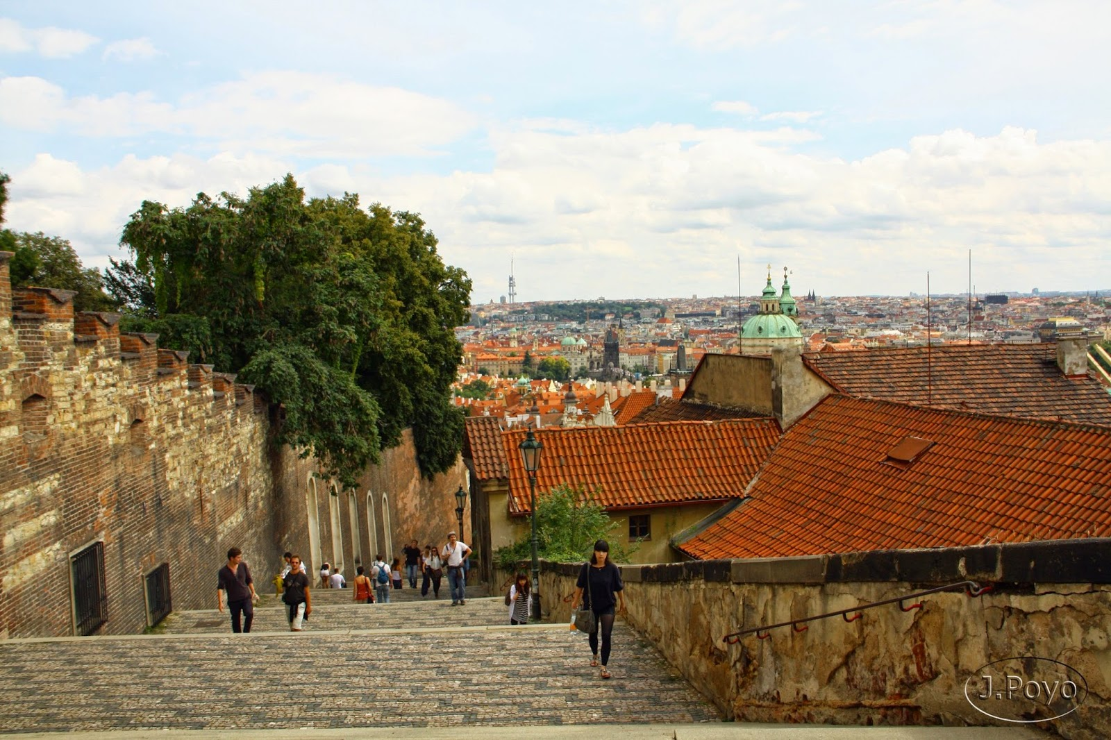 Bajando a Mala Strana en Praga