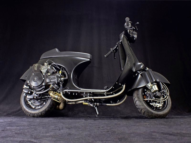 Custom vespa ps 240 rocketgarage cafe racer magazine for Vespa cafe racer