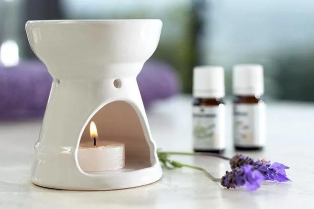 Аромалампа в помощь! Рецепты ароматических смесей на разные случаи, как использовать эфирные масла для аромалампы, смеси масел и их свойства, http://prazdnichnymir.ru/