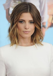 shoulder length ombre waves hairstyle