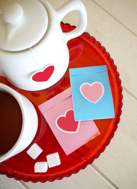 Valentine's Day Cute-TEA with FREE Printables - BirdsParty.com