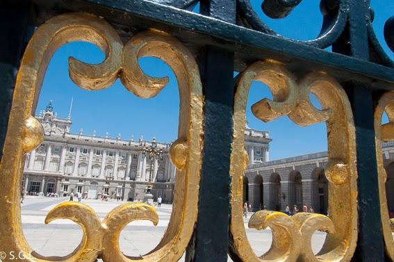 Palacio Real Madrid. Mas que el oso y el madroño