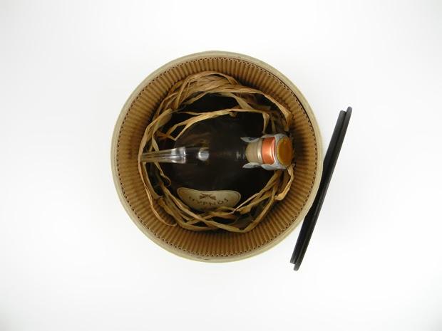 Piccolo Cilindro contiene prodotto di lusso