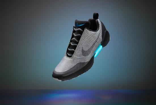 Nike HyperAdapt 1.0, Sepatu Canggih Yang Bisa Mengikat Tali Secara Otomatis!