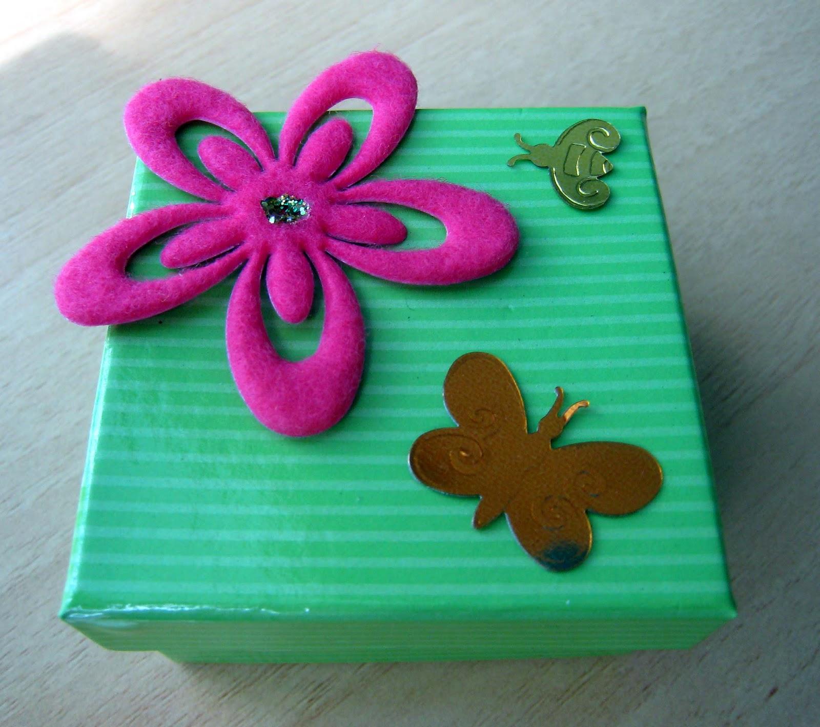 Manualidades y trucos mini cajas de cart n for Cajas de carton decoradas