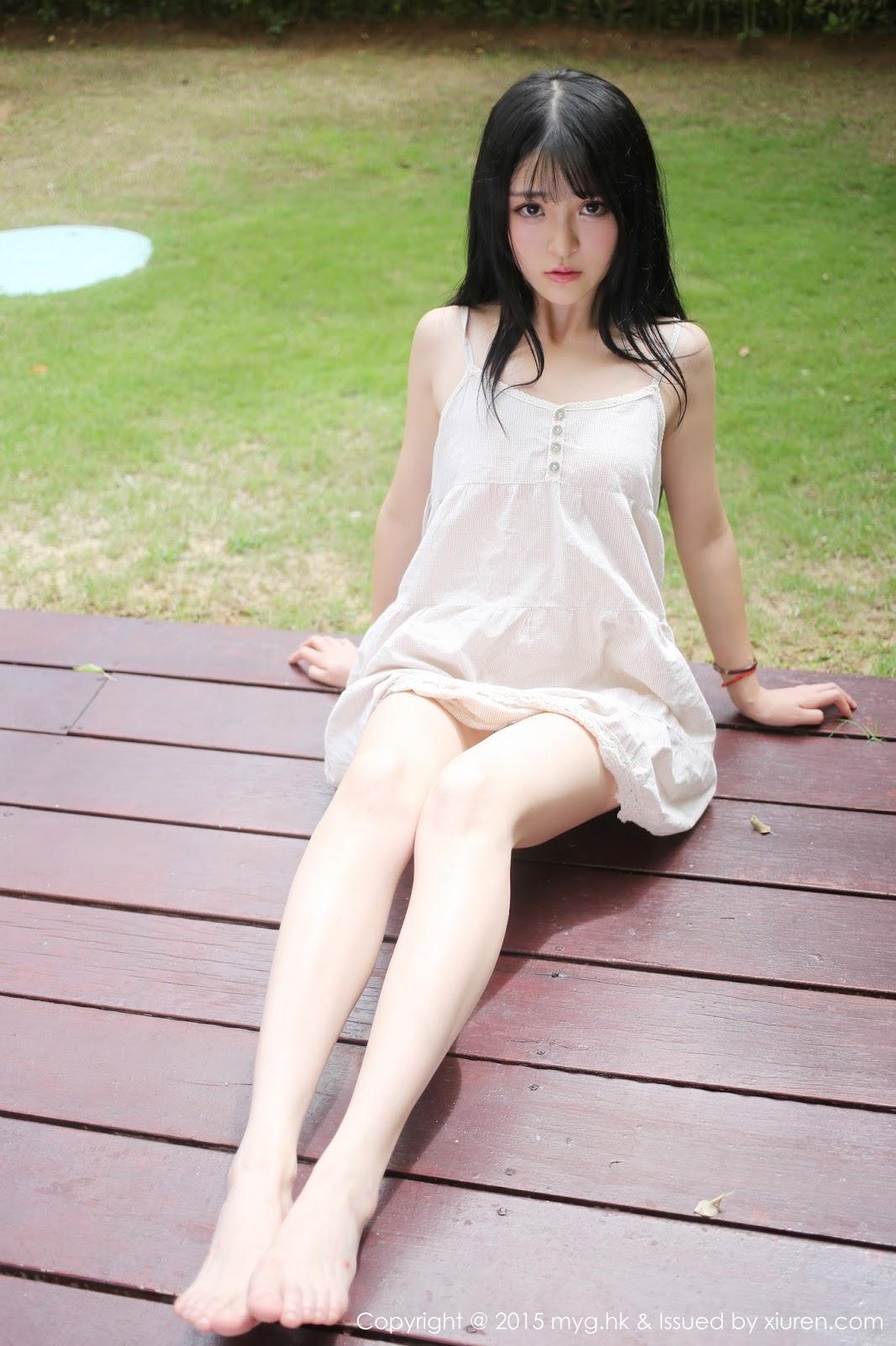 Cute Chinese Teen Model Lu Xiao Qian Sexy Photo Shots