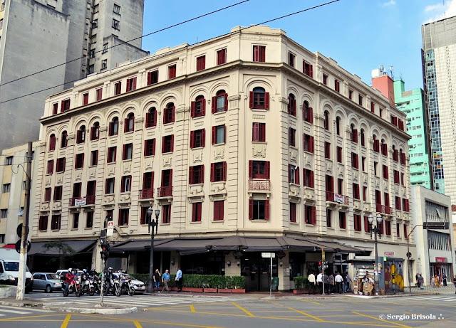 Vista ampla do Palacete Martins Costa - República - São Paulo
