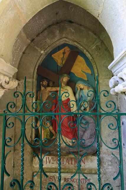 Way of the cross. Standing. Fourth. Rocamadour. France. Крестный путь. Стояния. Четвертое. Рокамадур. Франция.