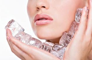 Manfaat Es Batu Untuk Kecantikan Wajah Anda