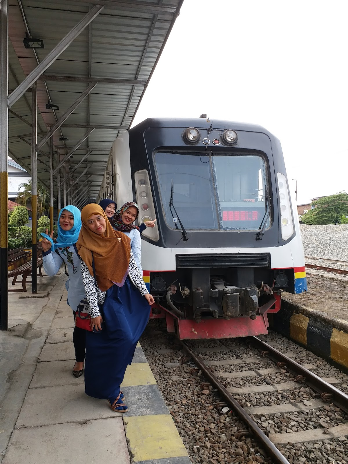 Berwisata Murah dan Singkat dengan Kereta Api ke Binjai