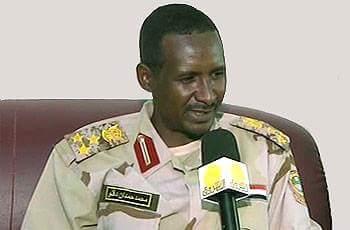 """في السودان فق """"محمد  حمدان""""  من تاجر عيش لرتبه لواء"""