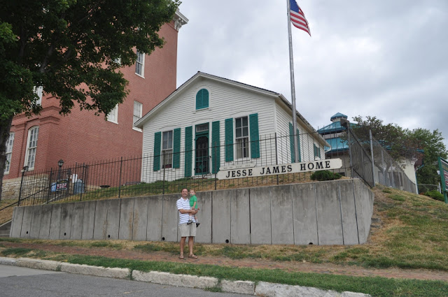 St. Joseph, MO: Jesse James and Patee House Museum