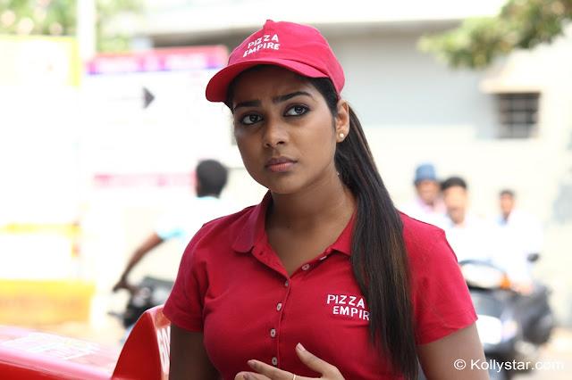 Satna titus Actress Cute Photos