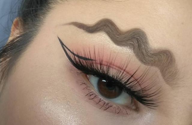 Trending Squiggle/ Wave Eyebrows