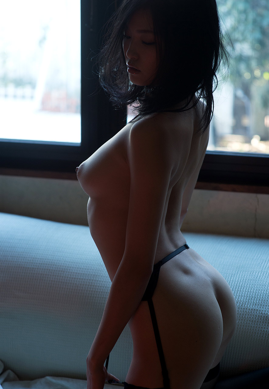 ai yuzuki hot nude photos 03