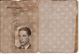 Persoonsbewijs van Willem Walvis met foto van Jozeph de Haan