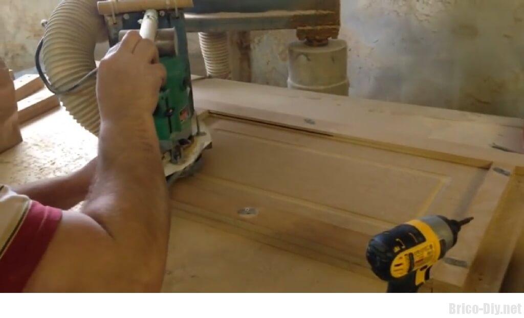 Como hacer moldura en tablero de mdf para puertas de for Como armar mi cocina