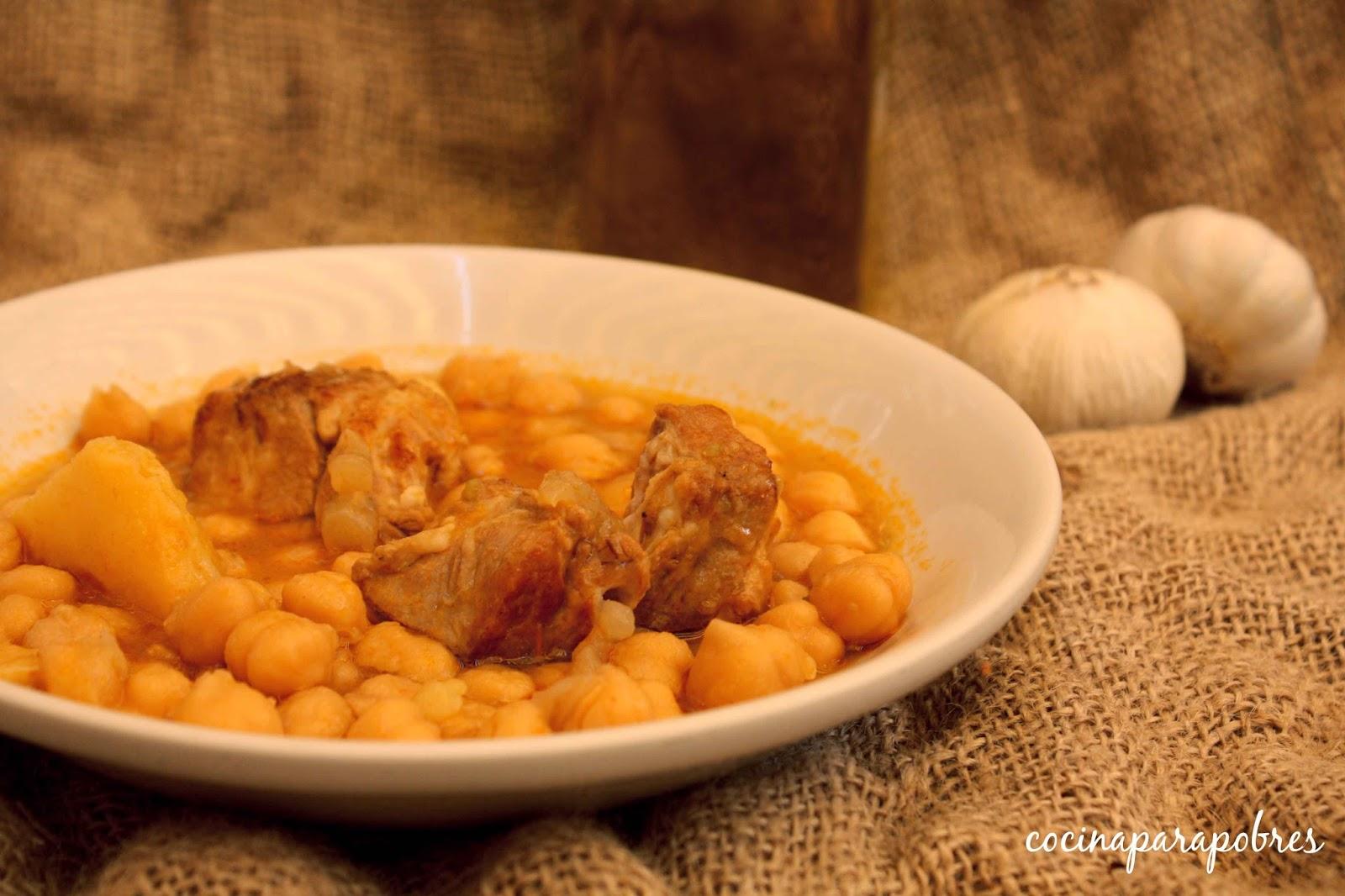 Cocina para pobres garbanzos con costillas de cerdo olla - Garbanzos con costillas ...