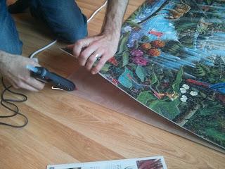 Nagy méretű puzzle keret, a puzzle-t az OSB lapra ragasszuk