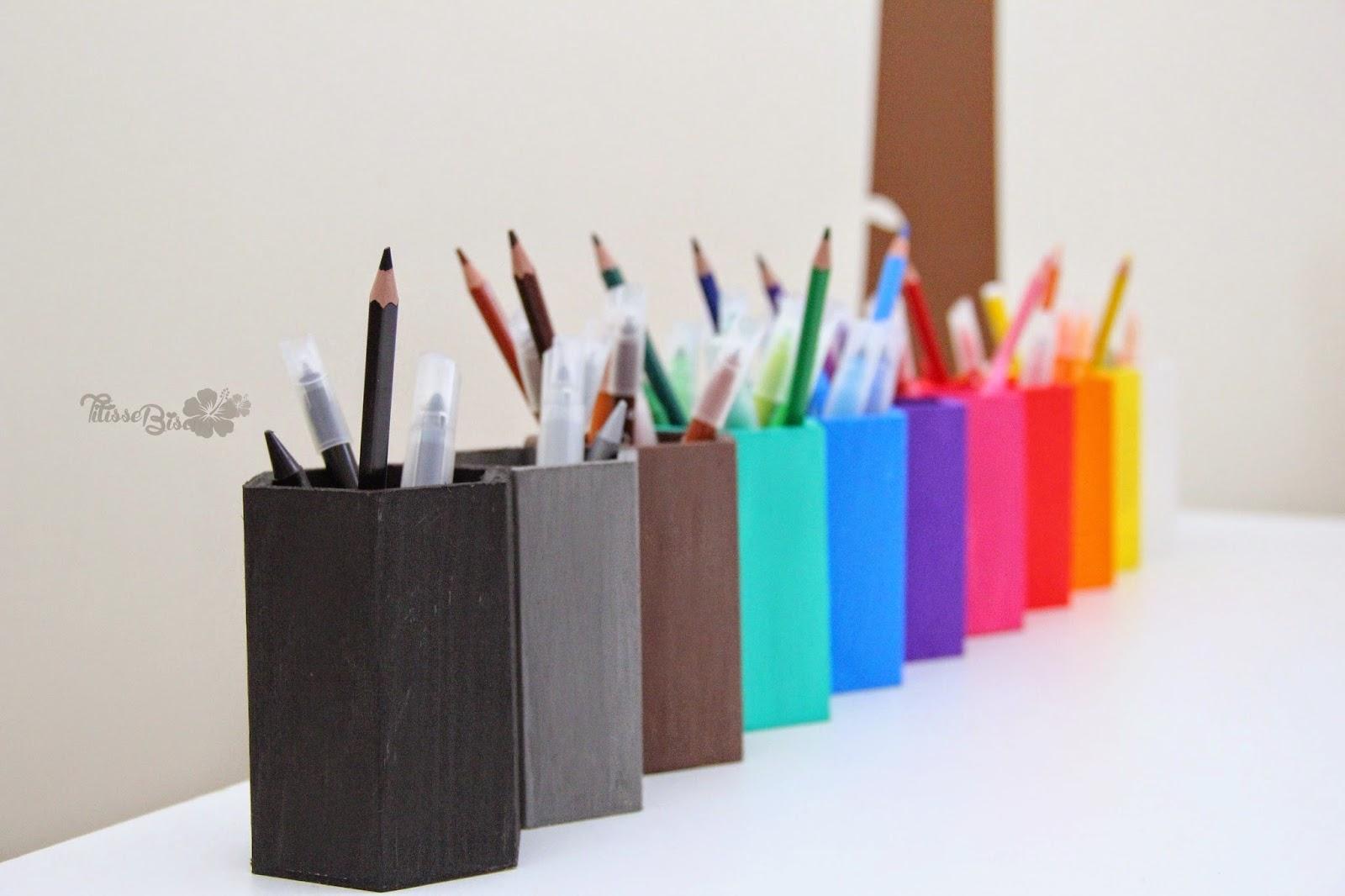 diy montessori les pots crayons titisse biscus. Black Bedroom Furniture Sets. Home Design Ideas