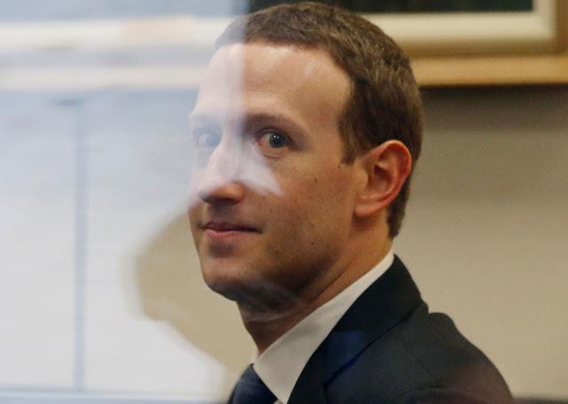 """""""Seu contrato de usuário é péssimo"""", disse o senador John Kennedy para Zuckerberg."""