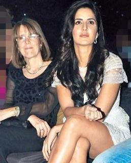 Katrina Kaif dengan ibunya Suzanne Turquotte
