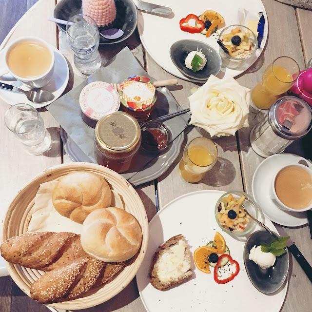 zauberei, frühstückstipp, frühstück, tirolliebe, visit tirol, love tirol, cafe, kaffee