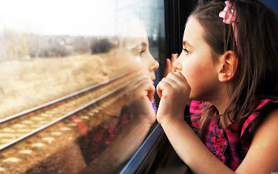 5 hacks for stress-free train travel with kids by Vibhu & Me