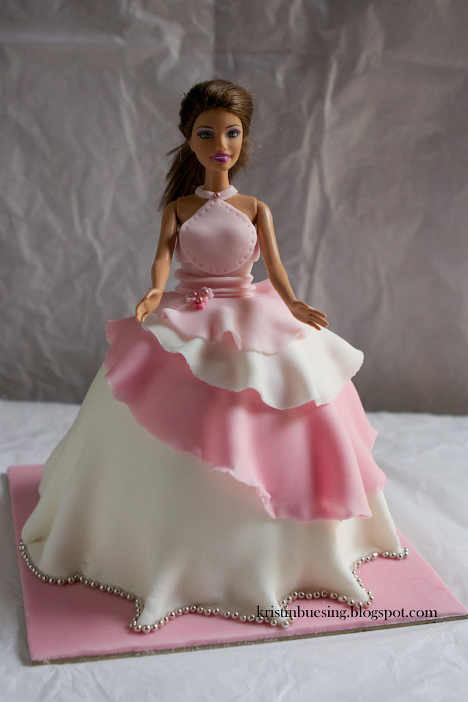 Kristin Buesing Barbie Dolly Varden Party Cake