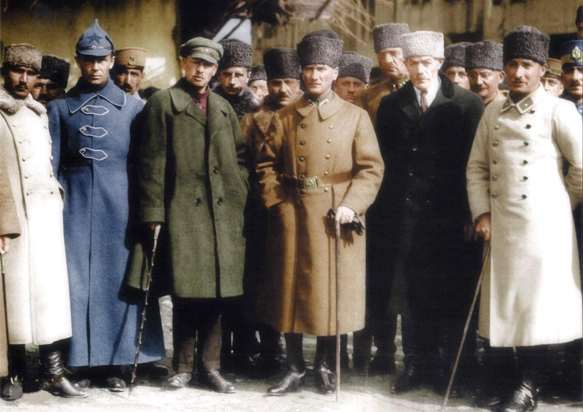 Atatürk Fotoğrafları renkli