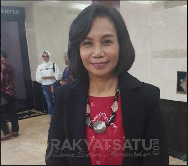 Hebat! Putri Toraja, Lusia Palulungan Hadir Sebagai Panelis Debat Publik Pilgub Sulsel