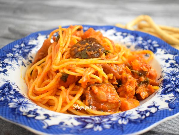 Espaguetis a la Carrettiera