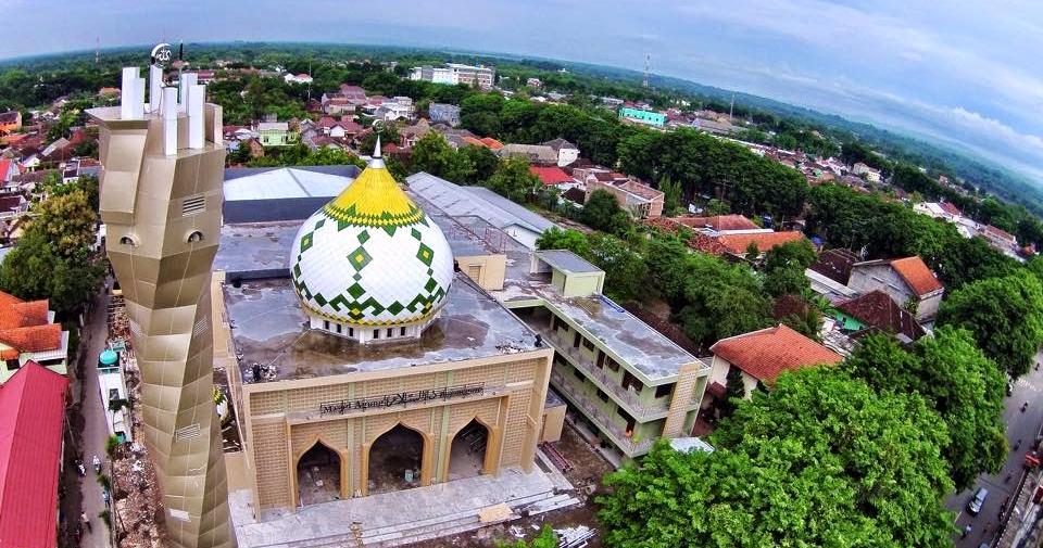 Menikmati Wisata Religi Di Masjid Agung Bojonegoro Di Kauman Travellink Indonesia