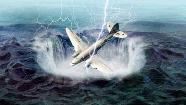 مجموعة علماء يكتشفون سر إبتلاع مثلث برمودا للطائرات والسفن
