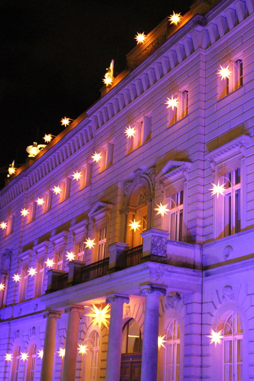 Christmas star lights in Berlin - travel & lifestyle blog