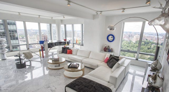 5 Creative Ways Of Displaying Photos In Your Living Room